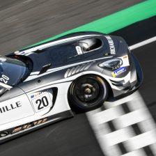 Onslow-Cole in pole a Silverstone