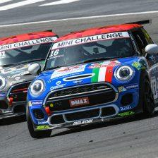 Torna la sfida del MINI Challenge Italia