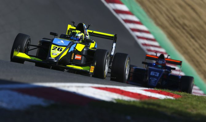 British F3 heads to Donington