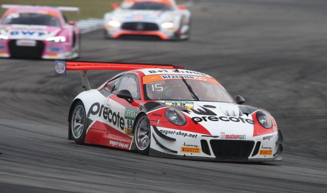 Renauer's Porsche takes pole for Race 1