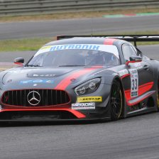 Vettel junior debutta in GT3