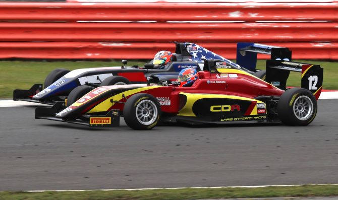 British F3 storms to Silverstone