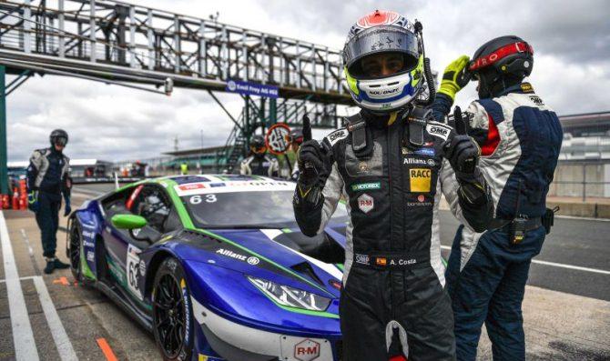 Lamborghinis dominate first qualifying
