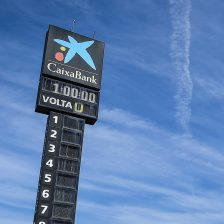 Coronavirus: posticipati i test di Barcellona