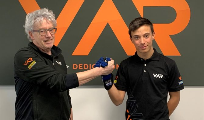 Pizzi firma con Van Amersfoort