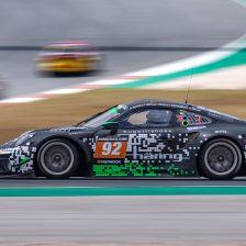 Uno-due Porsche a Portimao