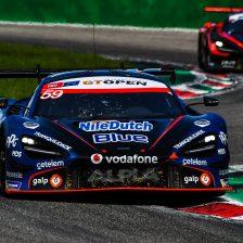 Monza, Gara 2: prima fila McLaren