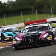 Snetterton could decide British GT titles