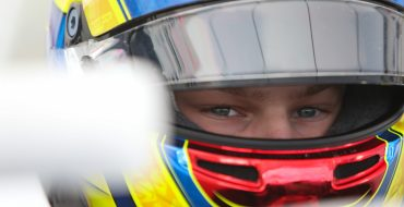 Patrese, Barnard make F4 debut
