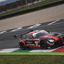 Ferrari-Spinelli trionfali al Mugello