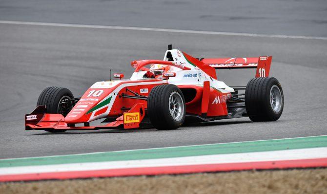 Monza: Petecof davanti nei test
