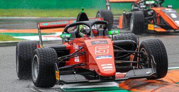 Ricciarini domina le libere a Monza