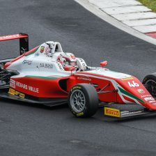 Minì in pole a Vallelunga