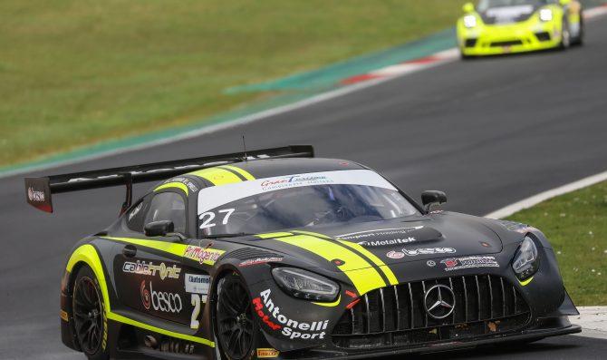 Ferrari e Spinelli imprendibili nelle qualifiche di Vallelunga
