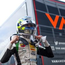 Bearman joins VAR for F4 title shot