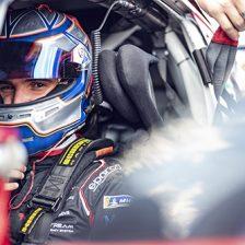 Ombra Racing conferma Caglioni