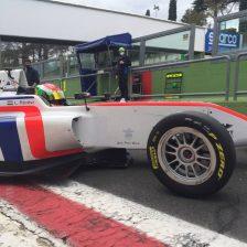Levi Revesz signs with AKM Motorsport