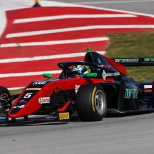 Pasma sets the pace at Barcelona