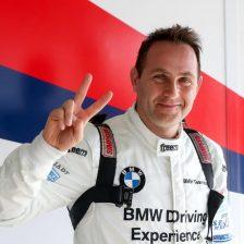Fascicolo-Neri con la BMW GT4 di Ceccato