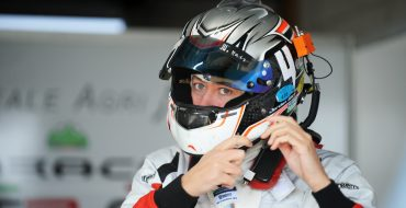 Gotz tops DTM testing first day