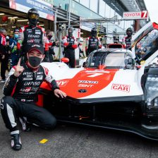 Kobayashi claims Hypercar pole
