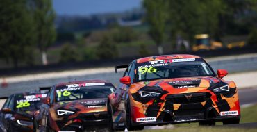 Coronel secures first pole of the season