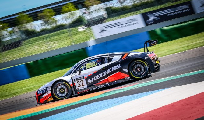Magny-Cours: Audi in pole con Weerts