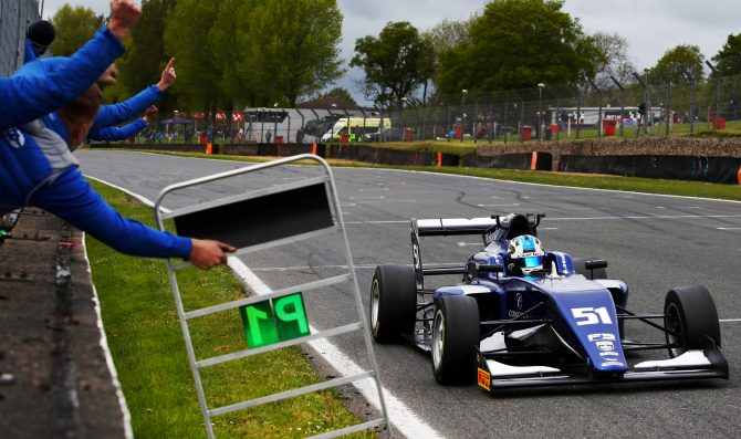 O'Sullivan, Mansell share wins