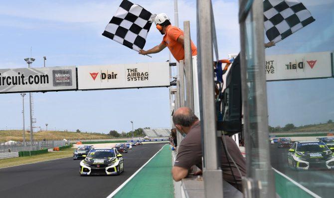 MM Motorsport torna e vince nel TCR Italy
